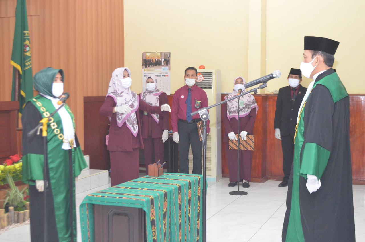 Bapak Moh. Rivai, S.HI ., MH dilantik Sebagai Ketua Pengadilan Agama Soe