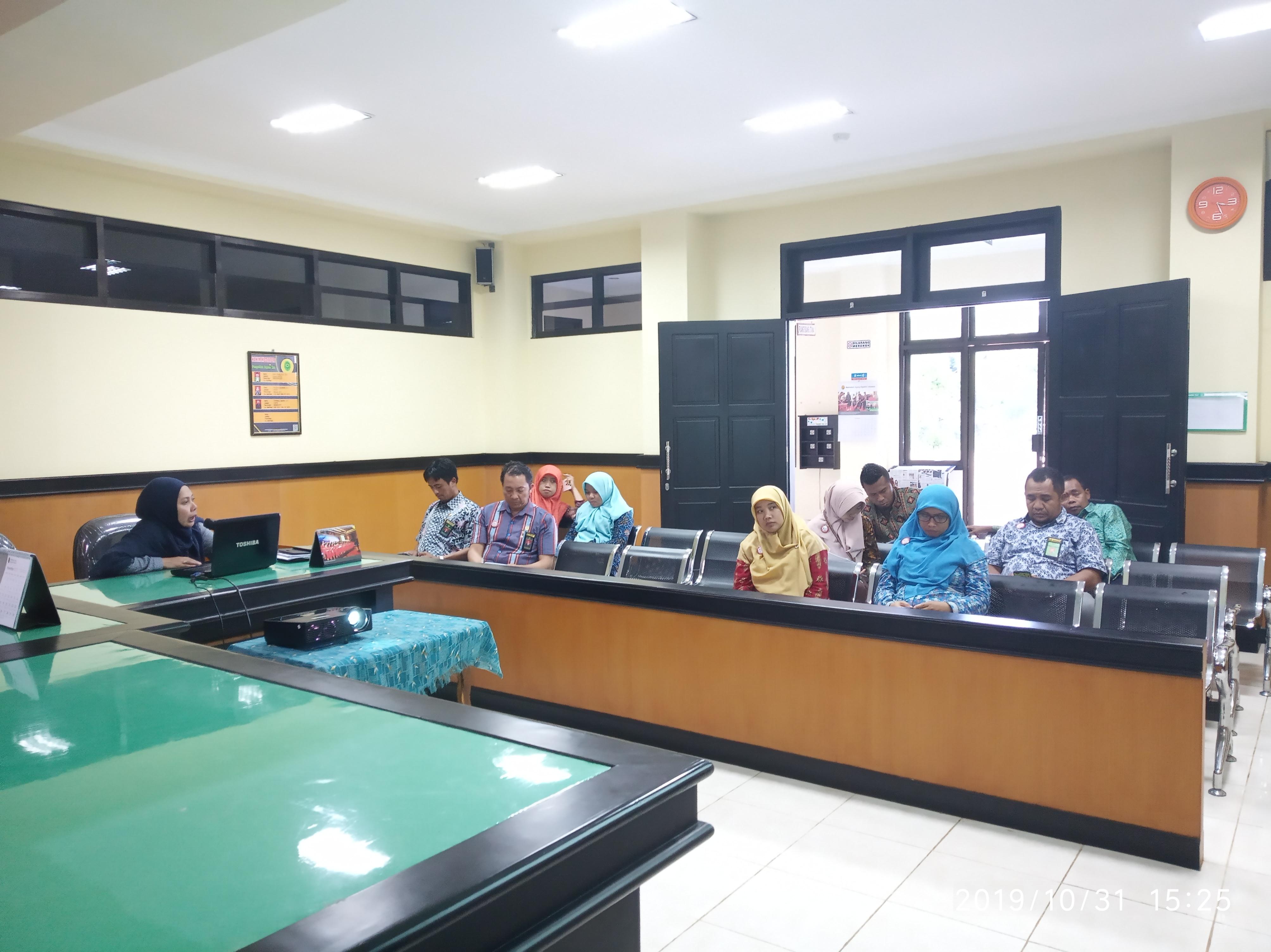 Rapat Prosedur Mutu Pengendalian Dokumen dan Komunikasi